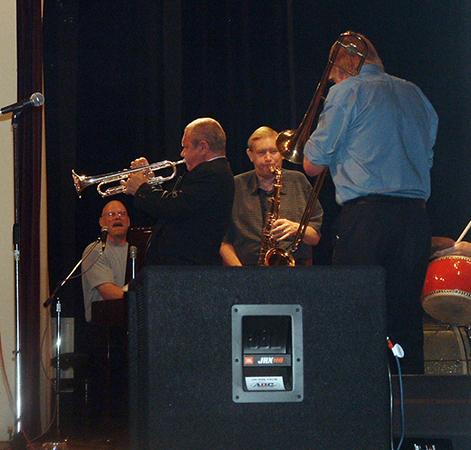 Paul Munnery, Jeff Barnhart,  Kerry Williams